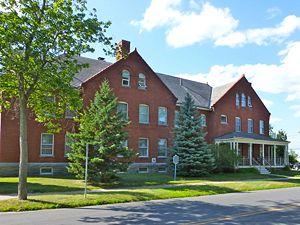 City Of Plattsburgh >> Plattsburgh Barracks - FortWiki Historic U.S. and Canadian Forts